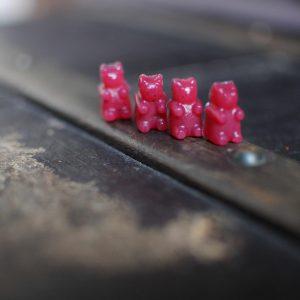bonbons betterave mini nounours alignés